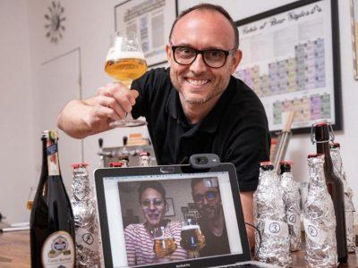 Biersommelier Karsten Morschett bei einer virtuellen Bier-Blind-Verkostung